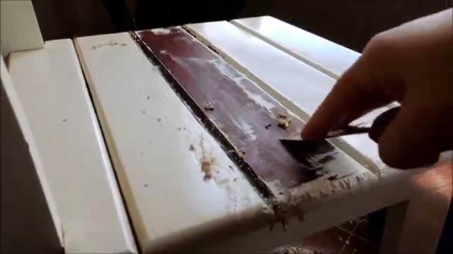 Como_remover_pintura_antiga_em_madeira.jpg